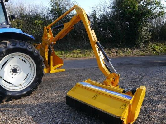 Shelbourne Reynolds  350 Hedge Cutter