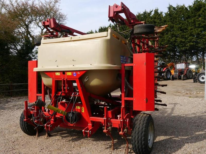 Weaving RS6000 Tine Drill