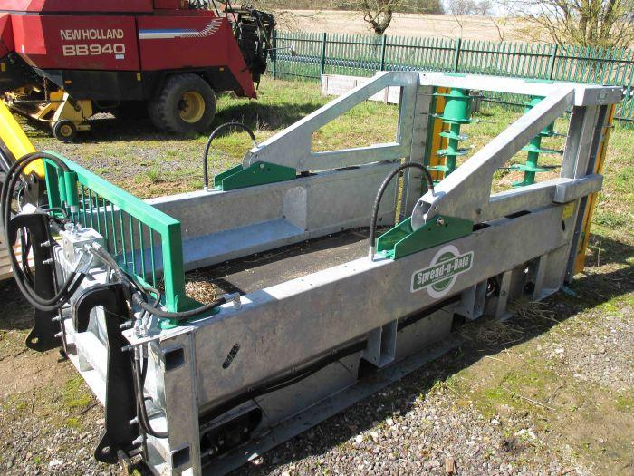 Spread-A-Bale Maxi Galvanised